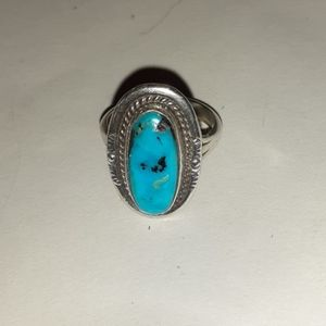 Vintage Jewelry - Vintage Dainty Turquoise & Sterling Ring